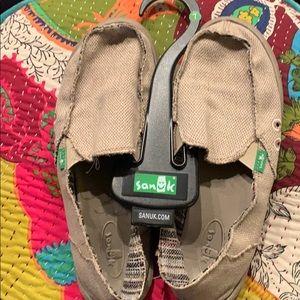 Sanuk. Size 7. EUC.